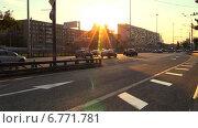Движение без пробок. Спокойный вечерний трафик в Москве. (2014 год). Редакционное видео, видеограф Арташес Оганджанян / Фотобанк Лори