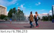 Фонтан на площади, Красноярск, таймлапс (2014 год). Редакционное видео, видеограф Леван Каджая / Фотобанк Лори