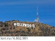 Вид на надпись Hollywood в Лос-Анджелесе (2014 год). Редакционное фото, фотограф Андрей Кочкин / Фотобанк Лори