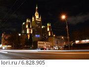 Ночной вид на высотку на Кудринской площади (2014 год). Редакционное фото, фотограф lana1501 / Фотобанк Лори