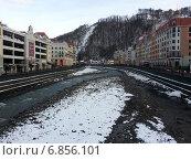 Купить «Зима на горнолыжном курорте Роза Хутор, Сочи», фото № 6856101, снято 23 марта 2019 г. (c) DiS / Фотобанк Лори