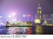 Прогулочный катер, ночной Гонконг (2014 год). Стоковое фото, фотограф Игорь Чайковский / Фотобанк Лори