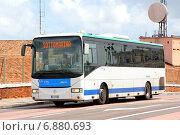 Купить «Irisbus Arway», фото № 6880693, снято 30 июля 2014 г. (c) Art Konovalov / Фотобанк Лори
