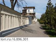 Купить «Лермонтовский переулок Таганрога», фото № 6896301, снято 19 апреля 2014 г. (c) Борис Панасюк / Фотобанк Лори