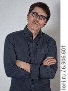Портрет мужчины в очках. Стоковое фото, фотограф Okssi / Фотобанк Лори