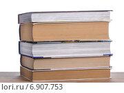 Купить «Стопка книг на столе», фото № 6907753, снято 18 января 2015 г. (c) Владимир Агапов / Фотобанк Лори