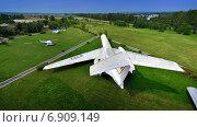 Самолет Ил-62 на поле ульяновского музея авиации (2013 год). Редакционное фото, фотограф Антон Довбуш / Фотобанк Лори