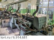Купить «Завод Цех  Станки», фото № 6914681, снято 28 мая 2018 г. (c) Лошкарев Антон / Фотобанк Лори