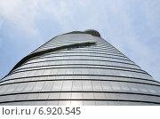 Купить «Фрагмент башни Bitexco в Сайгоне», фото № 6920545, снято 20 января 2015 г. (c) Овчинникова Ирина / Фотобанк Лори