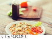 Купить «close up of pasta meal on plate», фото № 6923549, снято 21 января 2014 г. (c) Syda Productions / Фотобанк Лори