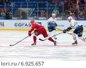 Купить «Максим Афиногенов (61)», фото № 6925657, снято 10 января 2015 г. (c) Alexander Mirt / Фотобанк Лори