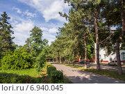 Купить «Красноармейский переулок в Азове», фото № 6940045, снято 13 июня 2014 г. (c) Борис Панасюк / Фотобанк Лори