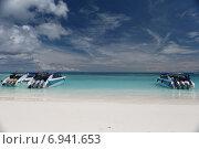 Купить «Катера на пляже, Тайланд, остров Тачай», фото № 6941653, снято 20 октября 2014 г. (c) Насонов Алексей / Фотобанк Лори