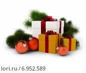 Купить «Еловые ветки, новогодние подарки и шары», иллюстрация № 6952589 (c) Anatoly Maslennikov / Фотобанк Лори