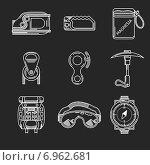 Снаряжение для альпинизма, белые контурные иконки на черном фоне. Стоковая иллюстрация, иллюстратор Oleksandr Yershov / Фотобанк Лори