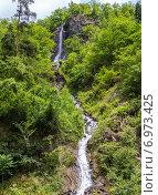 Купить «Водопад в горах Кавказа», фото № 6973425, снято 6 июля 2013 г. (c) Евгений Ткачёв / Фотобанк Лори