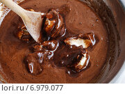 Купить «Steps of making chocolate cake : mixing ingredients. Party dessert», фото № 6979077, снято 6 июня 2020 г. (c) BE&W Photo / Фотобанк Лори