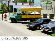 Куба. Гавана. Машины (2013 год). Редакционное фото, фотограф Наталия Казанова / Фотобанк Лори
