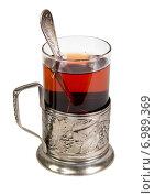 Купить «Чай в подстаканнике на белом фоне изолировано», фото № 6989369, снято 8 февраля 2015 г. (c) Наталья Волкова / Фотобанк Лори