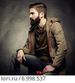 Portrait of handsome man with beard. Стоковое фото, агентство Ingram Publishing / Фотобанк Лори