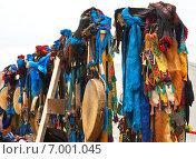 Купить «Шаманские практики на Байкале. Снаряжение бурятских шаманов», фото № 7001045, снято 4 августа 2012 г. (c) Виктория Катьянова / Фотобанк Лори