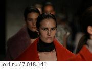 Купить «NEW YORK, NY - FEBRUARY 12: Alla Kostromichova walks the runway finale at the Tome fashion show during Mercedes-Benz Fashion Week Fall 2015 at Lincoln Center on February 12, 2015 in New York City.», фото № 7018141, снято 12 февраля 2015 г. (c) Anton Oparin / Фотобанк Лори