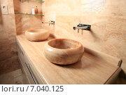 Купить «Столешница и две раковины из натурального камня. Интерьер ванной комнаты», эксклюзивное фото № 7040125, снято 10 декабря 2014 г. (c) Яна Королёва / Фотобанк Лори