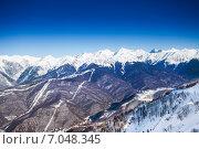 Купить «Вершины Кавказских гор зимой», фото № 7048345, снято 23 января 2015 г. (c) Сергей Новиков / Фотобанк Лори