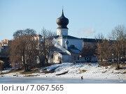 Купить «Успенская церковь солнечным февральским днем. Псков», фото № 7067565, снято 23 февраля 2015 г. (c) Виктор Карасев / Фотобанк Лори