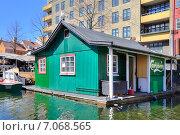 Купить «Живописные берега вдоль каналов в городе Копенгаген», фото № 7068565, снято 3 мая 2013 г. (c) Parmenov Pavel / Фотобанк Лори