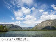 Купить «Красивые облака в небе над озером Сейдозером», фото № 7082813, снято 22 января 2020 г. (c) Иван Аборнев / Фотобанк Лори