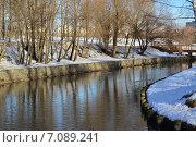 Купить «Зеленая зона поймы реки Яуза в Медведково в Москве зимой», эксклюзивное фото № 7089241, снято 25 февраля 2015 г. (c) lana1501 / Фотобанк Лори