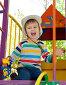 Мальчик радуется играя с машинкой, эксклюзивное фото № 7095533, снято 6 сентября 2014 г. (c) Алексей Бок / Фотобанк Лори