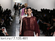 NEW YORK, NY - FEBRUARY 13: Models walk the runway at Zimmermann fashion show during Mercedes-Benz Fashion Week Fall 2015 at ArtBeam on February 13, 2015 in NYC. Редакционное фото, фотограф Anton Oparin / Фотобанк Лори