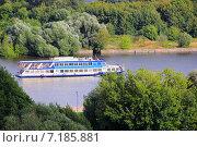 Прогулочный кораблик по Москве-реке (2014 год). Редакционное фото, фотограф Ирина Быстрова / Фотобанк Лори