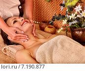 Купить «Woman getting body massage», фото № 7190877, снято 28 июня 2012 г. (c) Gennadiy Poznyakov / Фотобанк Лори