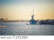 """Купить «Санкт-Петербург. Вид на крейсер """"Аврора""""», фото № 7215029, снято 28 февраля 2014 г. (c) Ксения Крылова / Фотобанк Лори"""