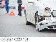 Купить «road crash collision in urban street», фото № 7223101, снято 28 марта 2015 г. (c) Дмитрий Калиновский / Фотобанк Лори