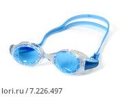 Купить «Синие очки для плавания с каплями воды», фото № 7226497, снято 13 мая 2012 г. (c) Анна Полторацкая / Фотобанк Лори