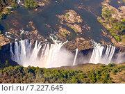 Купить «Africa, Victoria Falls, on Zambezi River between Zimbabwe and Zambia», фото № 7227645, снято 24 марта 2019 г. (c) BE&W Photo / Фотобанк Лори
