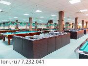 Купить «Интерьер современного бильярдного клуба», фото № 7232041, снято 19 мая 2014 г. (c) Евгений Ткачёв / Фотобанк Лори