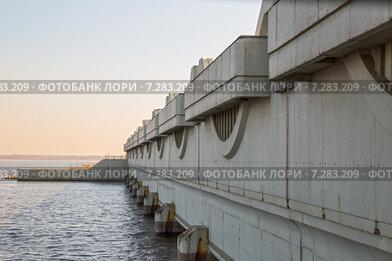 Комплекс защитных сооружений Санкт-Петербурга от наводнений. Водопропускное сооружение