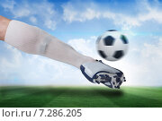 Купить «Close up of football player kicking ball», фото № 7286205, снято 25 июня 2019 г. (c) Wavebreak Media / Фотобанк Лори
