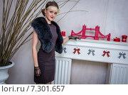 Купить «Элегантная девушка в винтажном интерьере», фото № 7301657, снято 1 ноября 2014 г. (c) Наталья Степченкова / Фотобанк Лори
