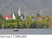 Slovenia, Bled, Cerkev Sv. Martina (Church of St. Martin) Bled, Slovenia. Стоковое фото, агентство BE&W Photo / Фотобанк Лори