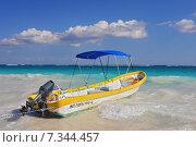 Купить «Perfect Caribbean beach in Tulum, MexicoMexico, Tulum, beach», фото № 7344457, снято 16 декабря 2019 г. (c) BE&W Photo / Фотобанк Лори