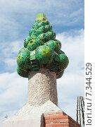 Купить «Крыша дворца Гуэль (Palau Guell). Барселона. Испания», фото № 7344529, снято 22 апреля 2015 г. (c) Екатерина Овсянникова / Фотобанк Лори