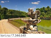 Купить «Europe, Italy, Florence, Boboli garden, Neptune fountain», фото № 7344649, снято 15 ноября 2019 г. (c) BE&W Photo / Фотобанк Лори