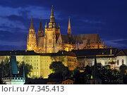 Prague Castle at sunset. Стоковое фото, агентство BE&W Photo / Фотобанк Лори