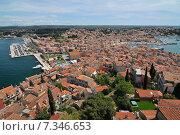 Купить «Croatia, Istria, Rovinj, Panoramic view of Rovinj and the peninsula», фото № 7346653, снято 26 марта 2019 г. (c) BE&W Photo / Фотобанк Лори